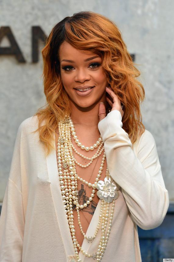 Rihanna y su vestido sin ropa interior en el desfile de for Rihanna sin ropa interior