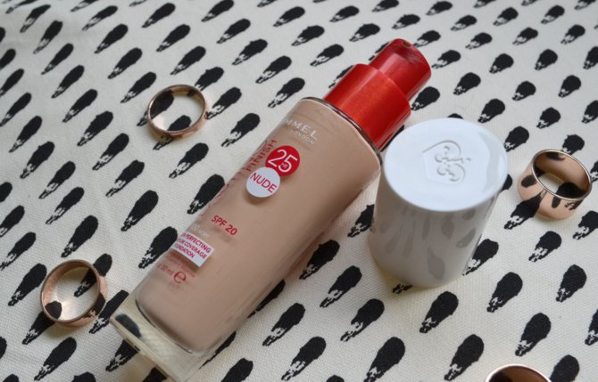 Rimmel Lasting Finish Nude Foundation