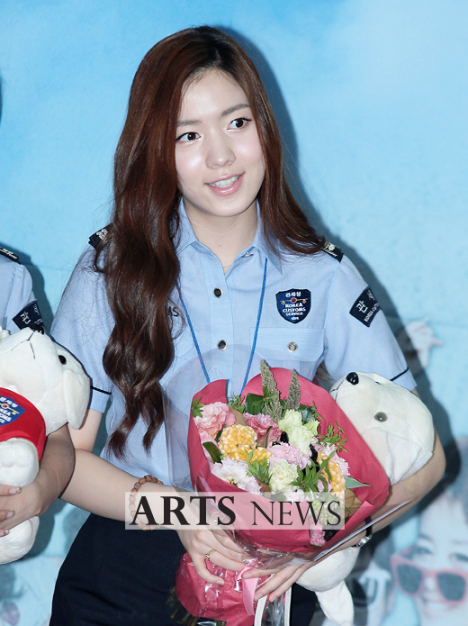 [11.09.16] T-ara son nombradas como embajadoras honorarias de Seúl en Aduanas 20110916_tara_customs_6