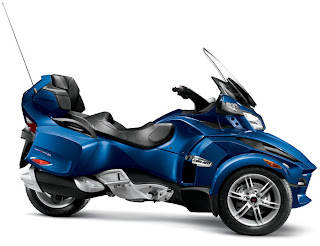 2012 Cam-am Spyder RT Audio and Convenience picture