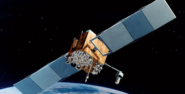 Artist's impression of a Block IIF GPS satellite in orbit. Image Credit: USAF