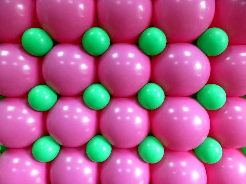 Способ изготовления панно из воздушных шаров