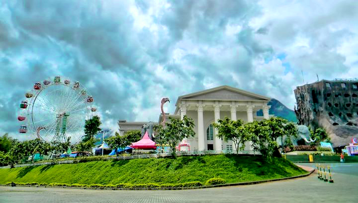 Objek Wisata Jatim Park 2 Kota Batu