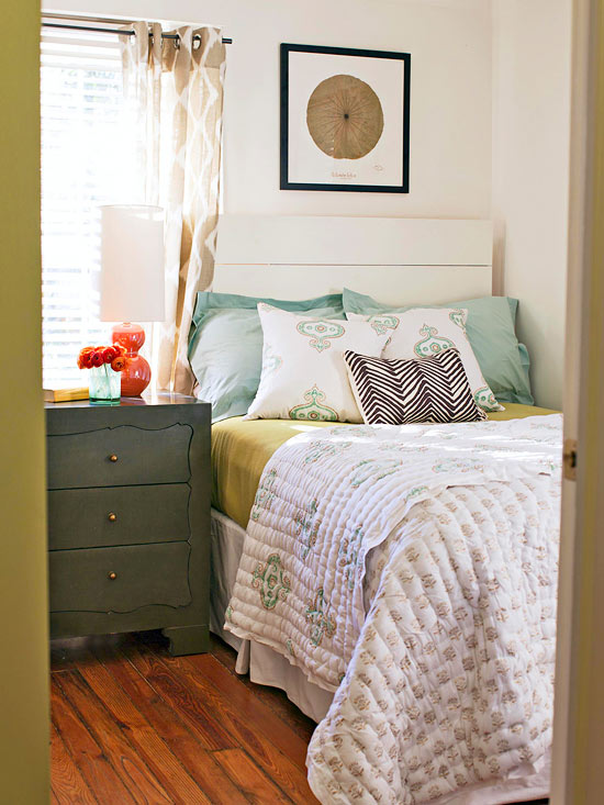 Modern bedroom decorating with summer color 2013 new ideas furniture design - Modern bedroom colors ...