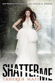 {Review} Shatter Me by Tahereh Mafi