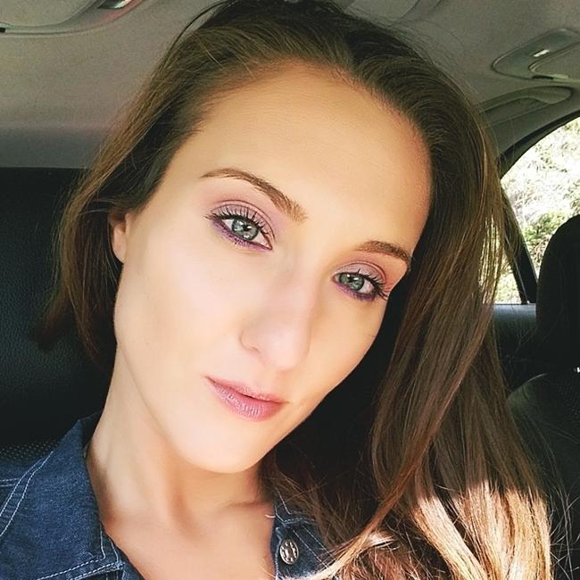 Jelena Zivanovic Instagram @lelazivanovic.Glam fab week.muotd:Pinky tones, rose eye makeup.Sminka dana.