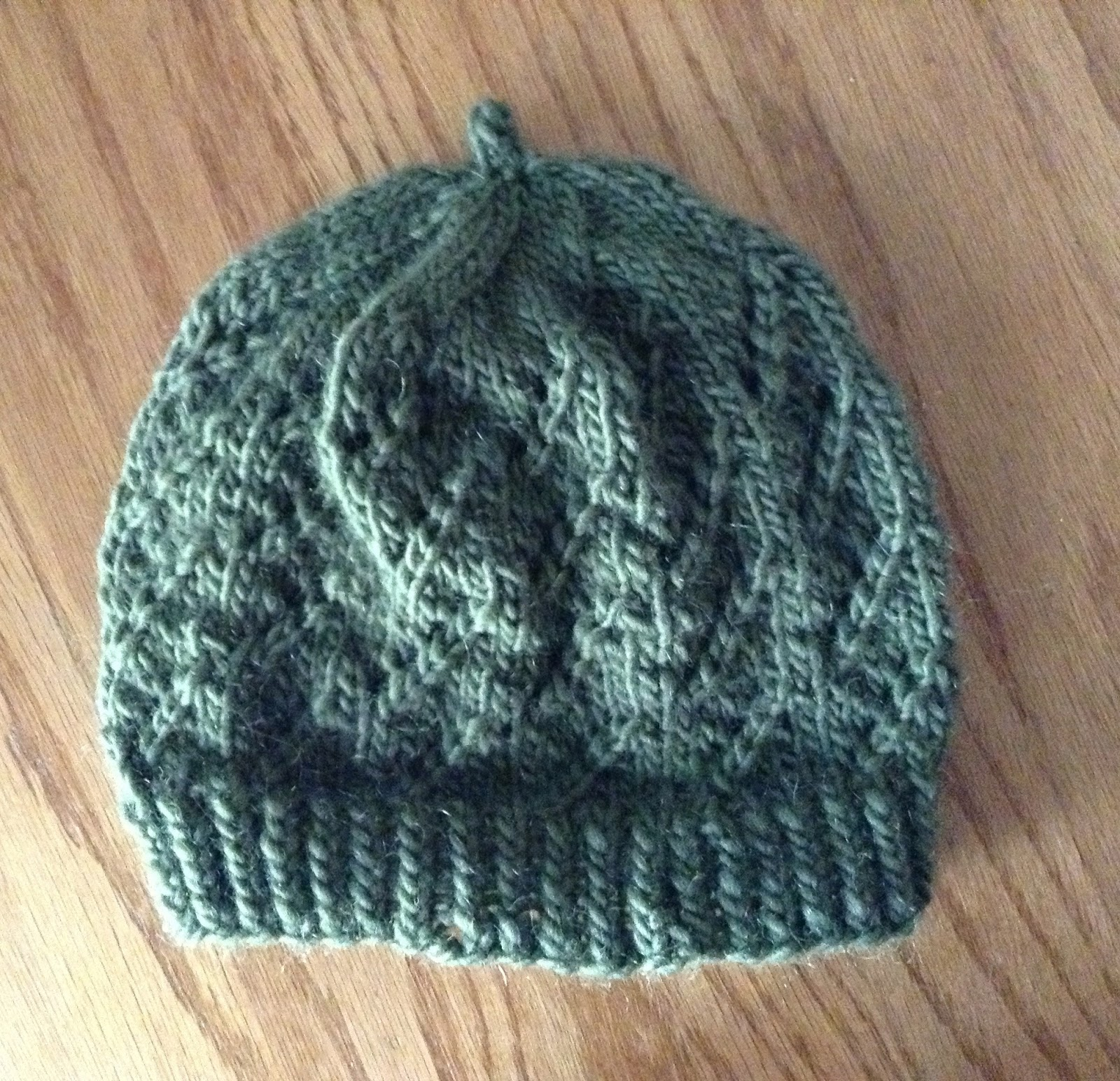 Knitting Pattern Hat Cast On : Knitting for Peace: Green Tea Hat