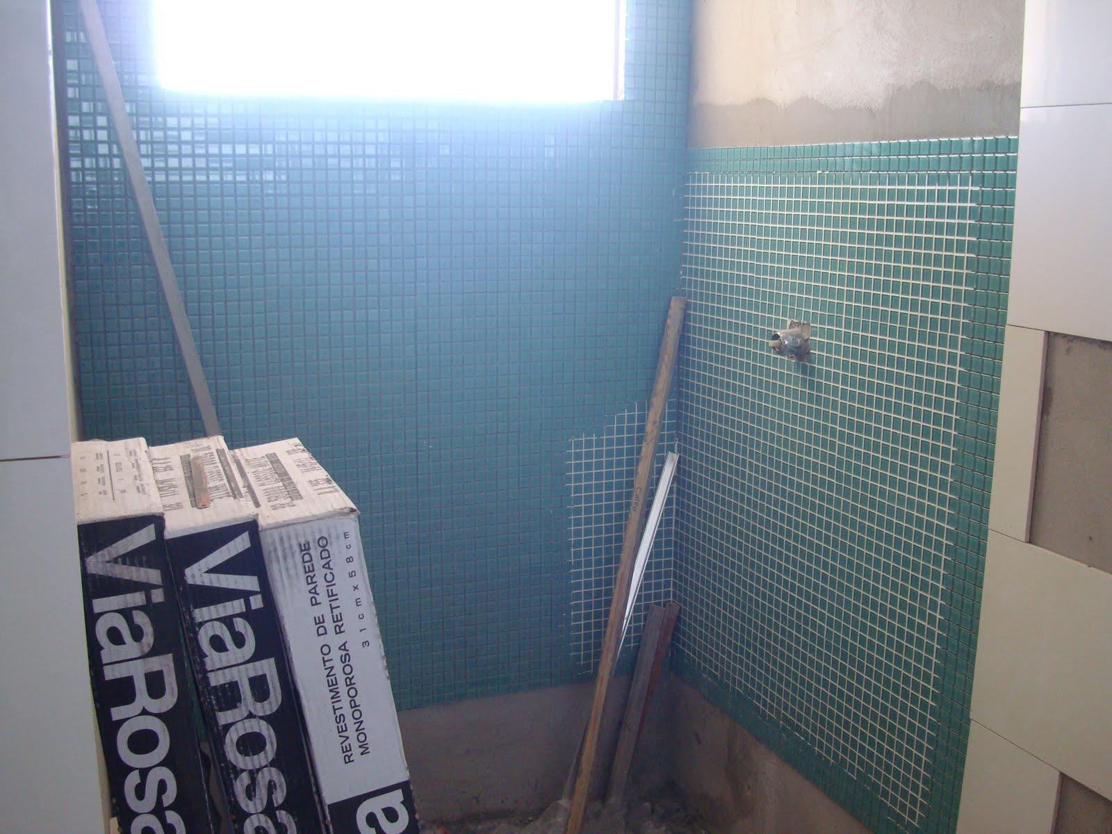 Imagens de #3A6791 casinha da Dani e do João: Pastilhas do banheiro 1600x1200 px 2864 Box Banheiro Joao Pessoa