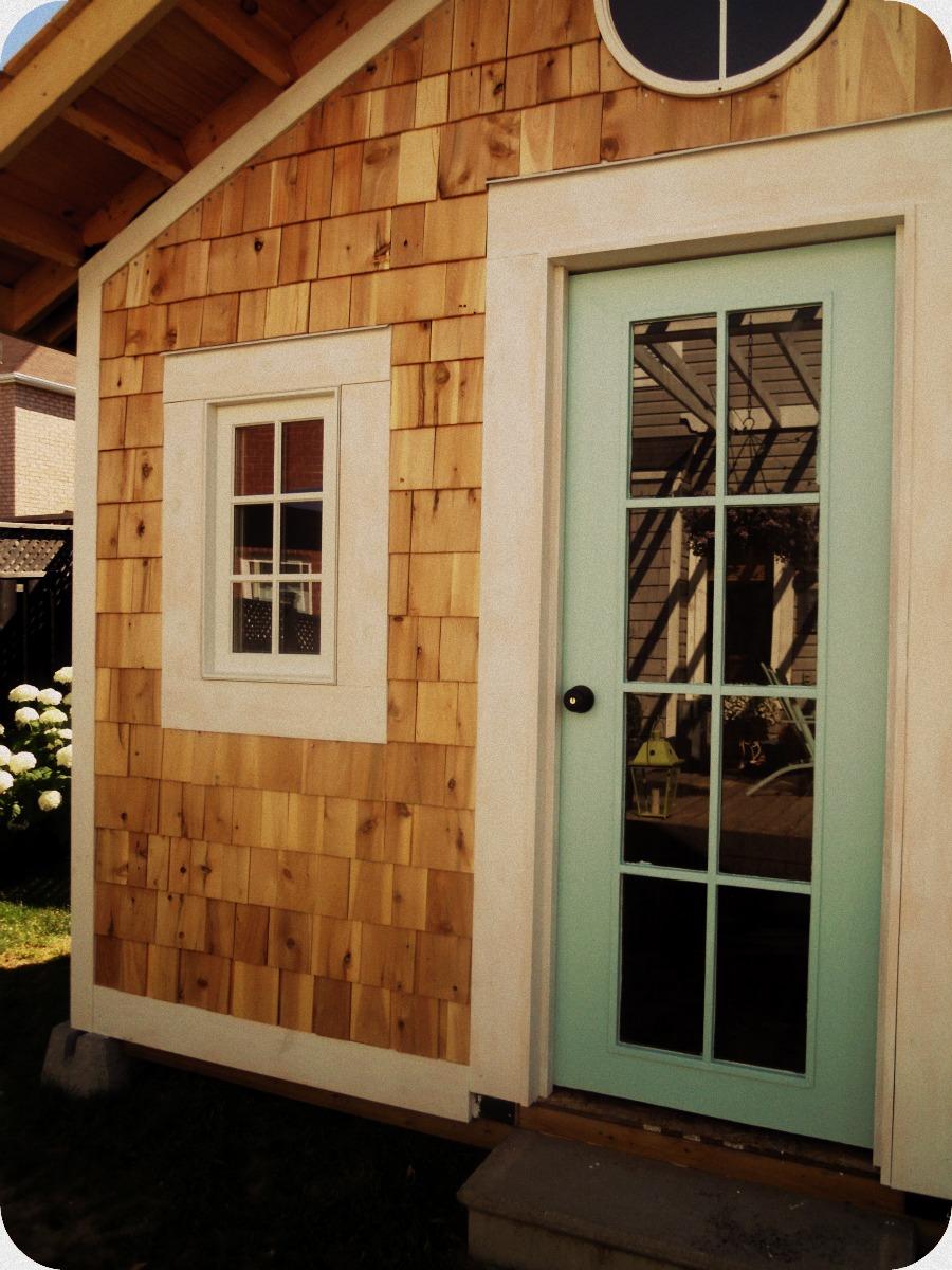 White wood cedar shakes for Cedar shake house