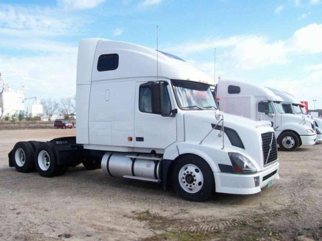 videos de camiones volvo nh12 6x4