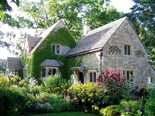 banco de jardim frases:English Country Cottage Garden
