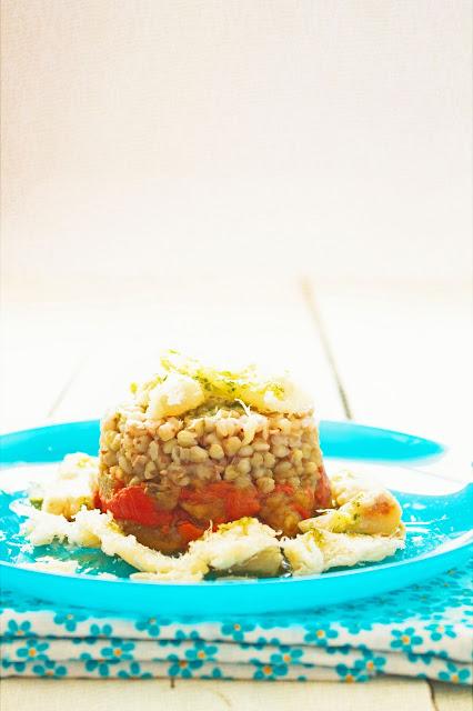 Trigo sarraceno con verduras asadas y bacalao