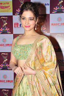 Tamanna Bhatia Bahubali Actress in a Beautiful Sleeveless Choli and Lehenga Saree Spicy Pics