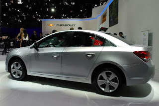new chevrolet cruze facelift side view