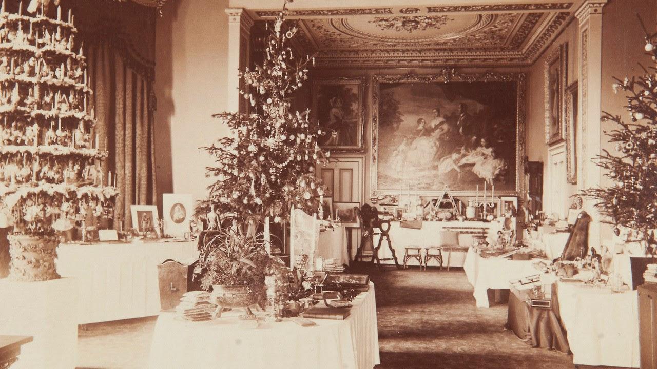 Case Di Campagna Addobbate Per Natale : La tradizione dell albero di natale news grechi giardini