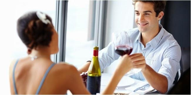 7 Hal Kecil Yang Bikin Suami Bahagia