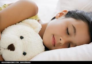 10 lời chúc ngủ ngon lãng mạn và hài hước cho người yêu