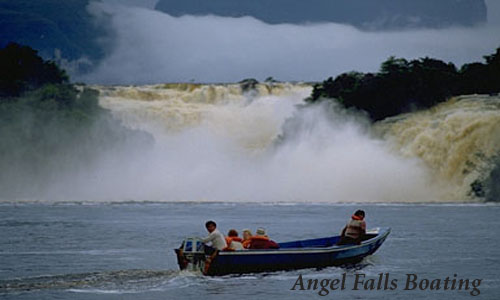 Boating of Angel waterfalls