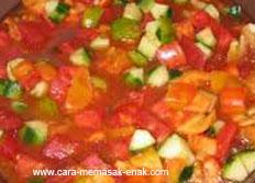 resep praktis dan mudah membuat (memasak) masakan khas spanyol Spanish soup spesial enak, gurih, lezat