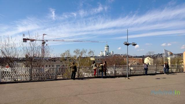 crane moving Tuomiokirkko in Helsinki?