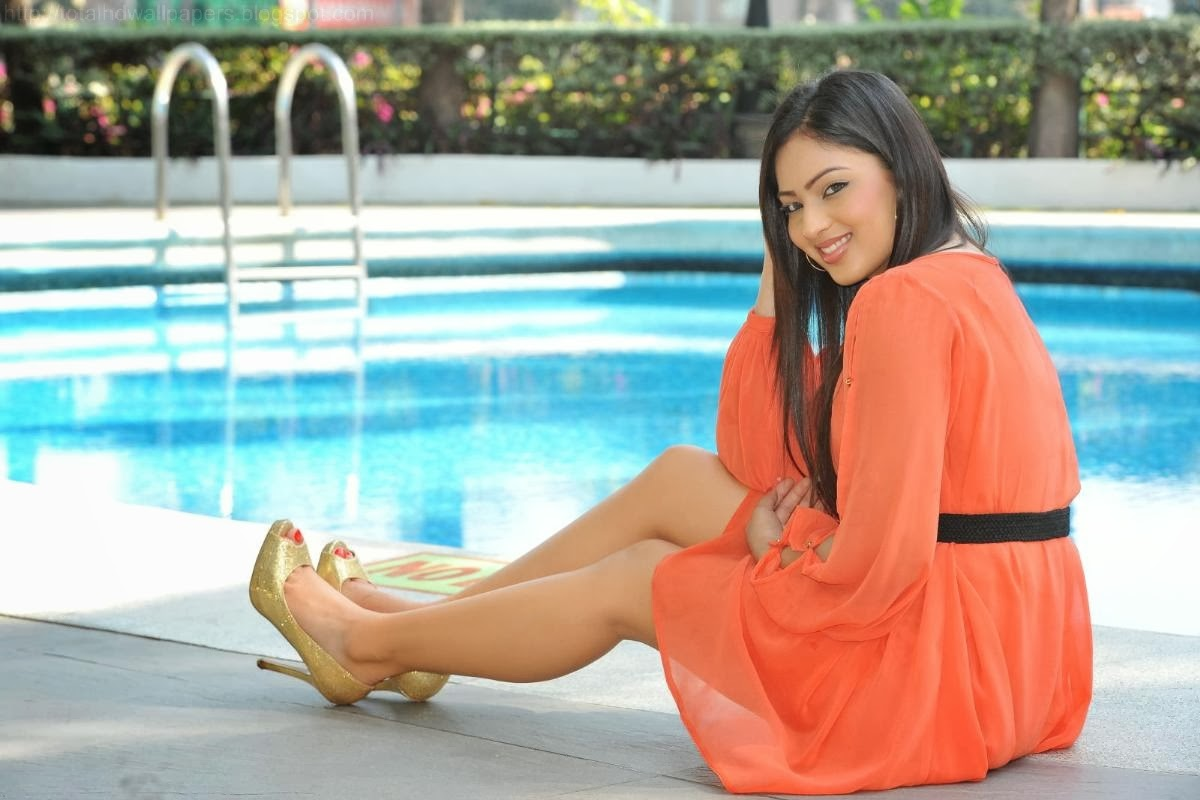 Emma rigby photos pictures stills images wallpapers gallery - Nikesha Patel Profile