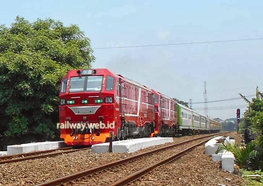 Inilah Jadwal Kereta Api Terbaru Berlaku 1 Juni 2014