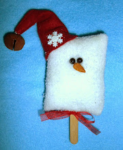 ICE CREAM BAR SNOWMAN - BURGUNDY WOOL HAT