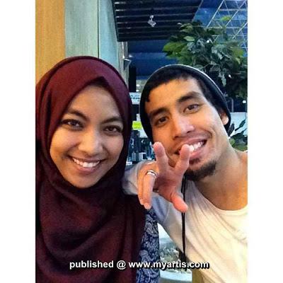 Gambar Ustaz Don dan isteri tersayang