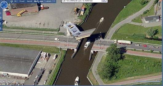 Jembatan angkat minimalis paling unik di dunia