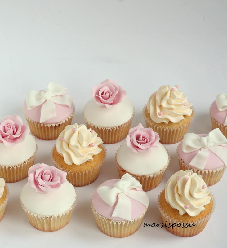 nimiäis cupcakes