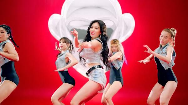 Kim Hyuna Red