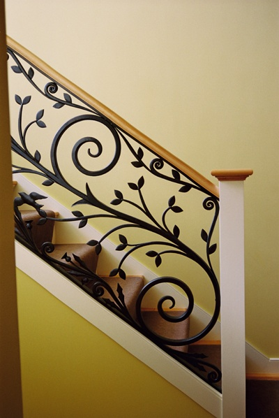 Modern Homes Iron Stairs Railing Designs Ideas.