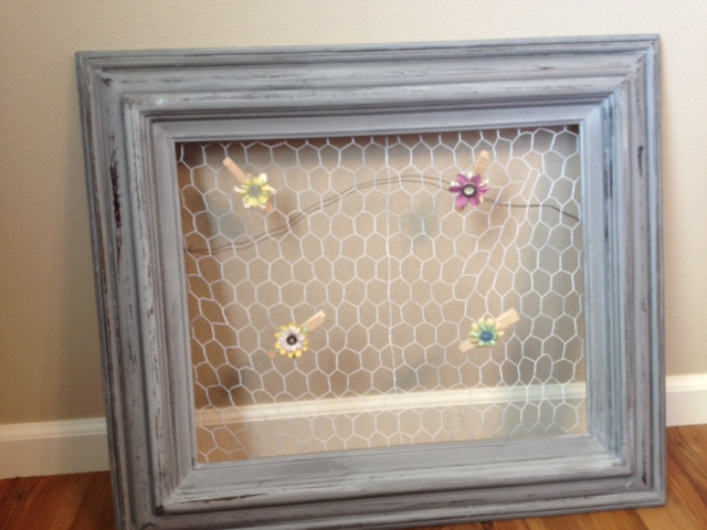 Sometimes Twice...: Chicken Wire Picture Frame...