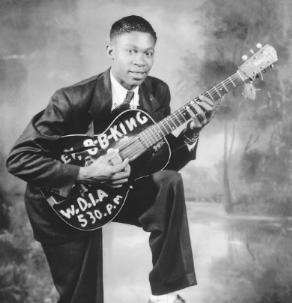 Rhythm and blues, derivado de tudo um pouco. Rock, jazz, gospel