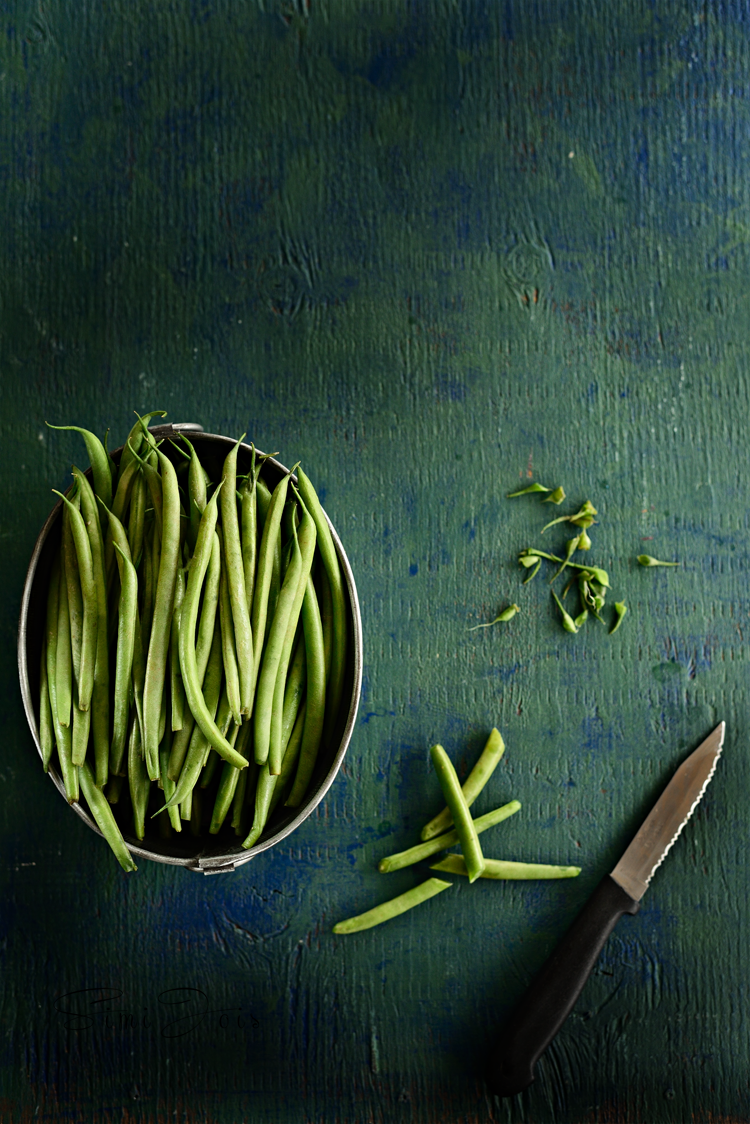 Easy vegetarian baked green beans