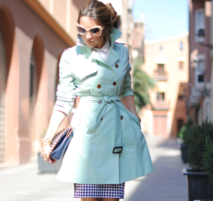 Mint trench by the blogger Mónica Sors 2