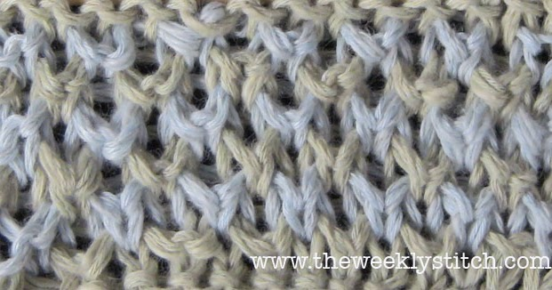 Knitting Two Color Bee Stitch : Bee Stitch in Two Colors The Weekly Stitch