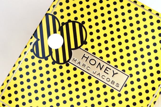 Marc Jacobs Honey perfume box