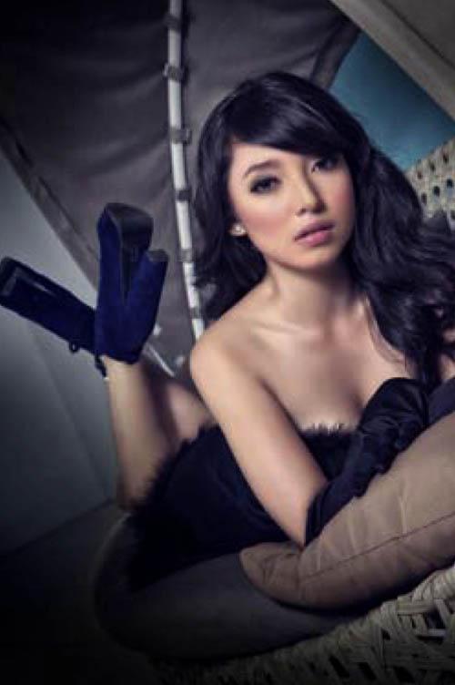 Model cantik Manda Cello menghiasi majalah Male untuk edisi Juni 2013 ...