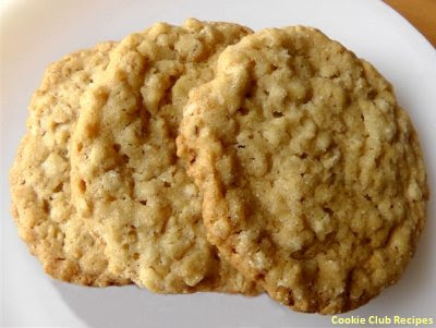 Super Chewy Oatmeal Cookies by CookieClubRecipes