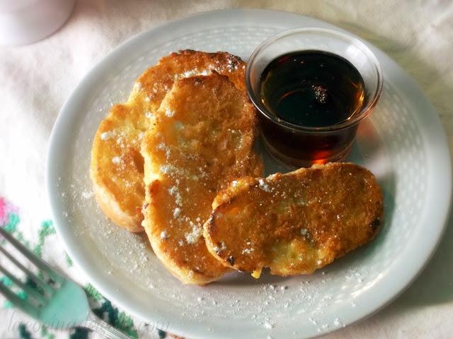 Torrejas (Bolillo Roll French Toast) - lacocinadeleslie.com