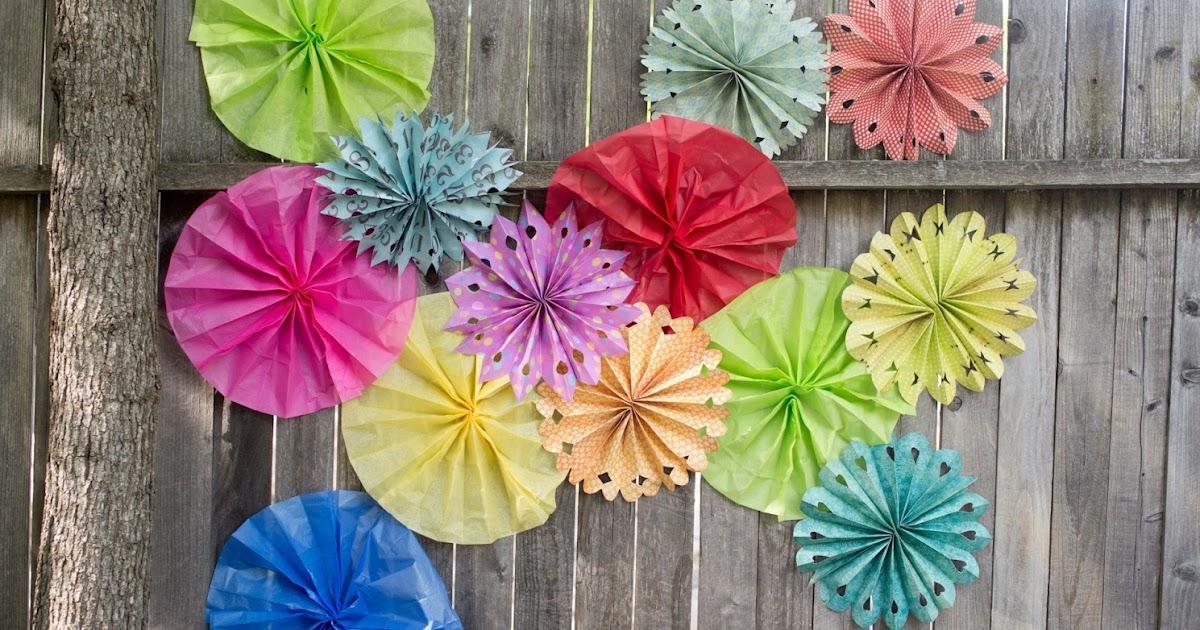 Domestic fashionista paper flower fans tutorial mightylinksfo