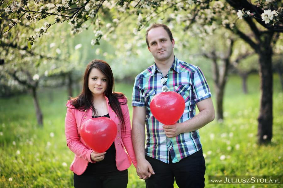 http://juliuszstola.blogspot.com/2014/05/sesja-narzeczenska-anny-i-grzeska.html#more