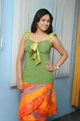 Hari Priya Glamorous Photo shoot gallery-thumbnail-12