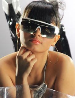 Biodata dan Foto Profil Zaskia Shinta Si Goyang Itik