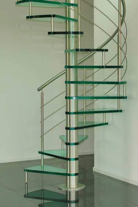 Scale interbau giugno 2011 - Corrimano in vetro per scale ...