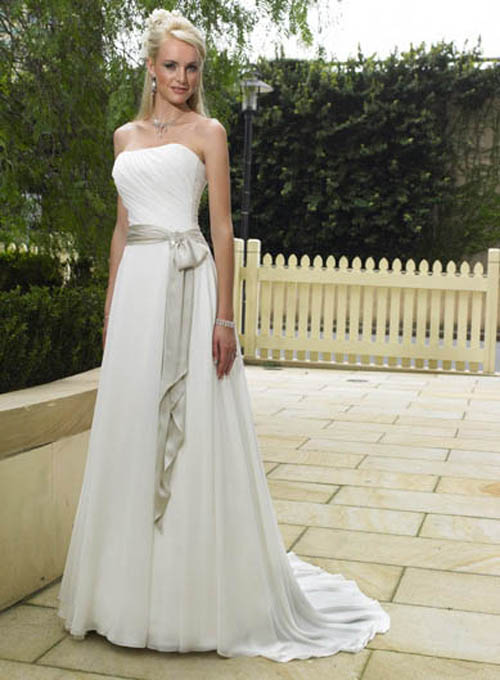 Bridal style and wedding ideas simple bridal dresses for Simple and beautiful wedding dresses