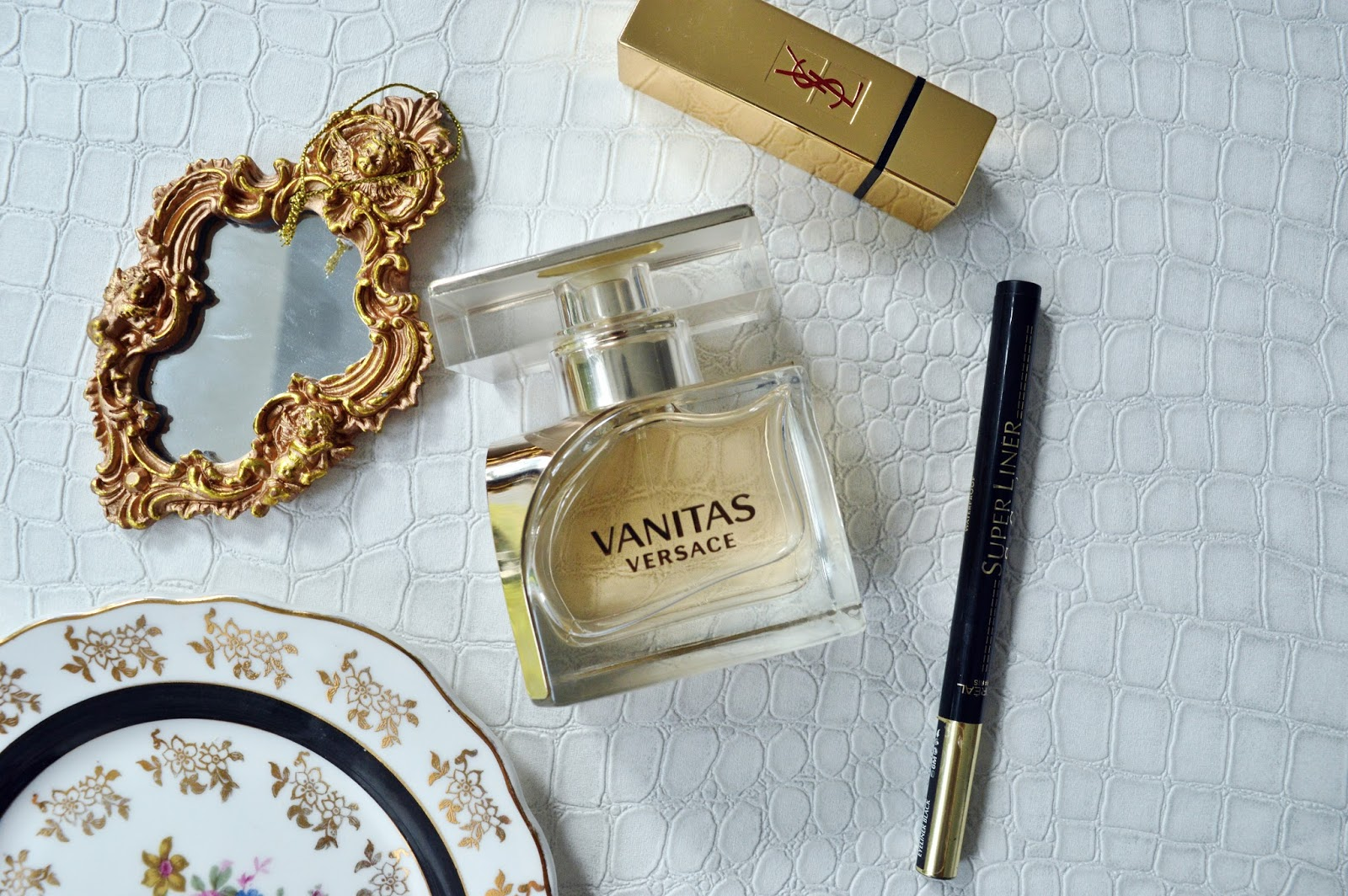 Beauty: Vanitas by Versace