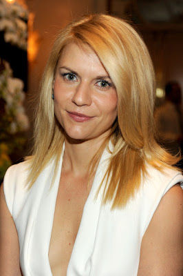 Claire Danes Long Straight Cut Hairstyle