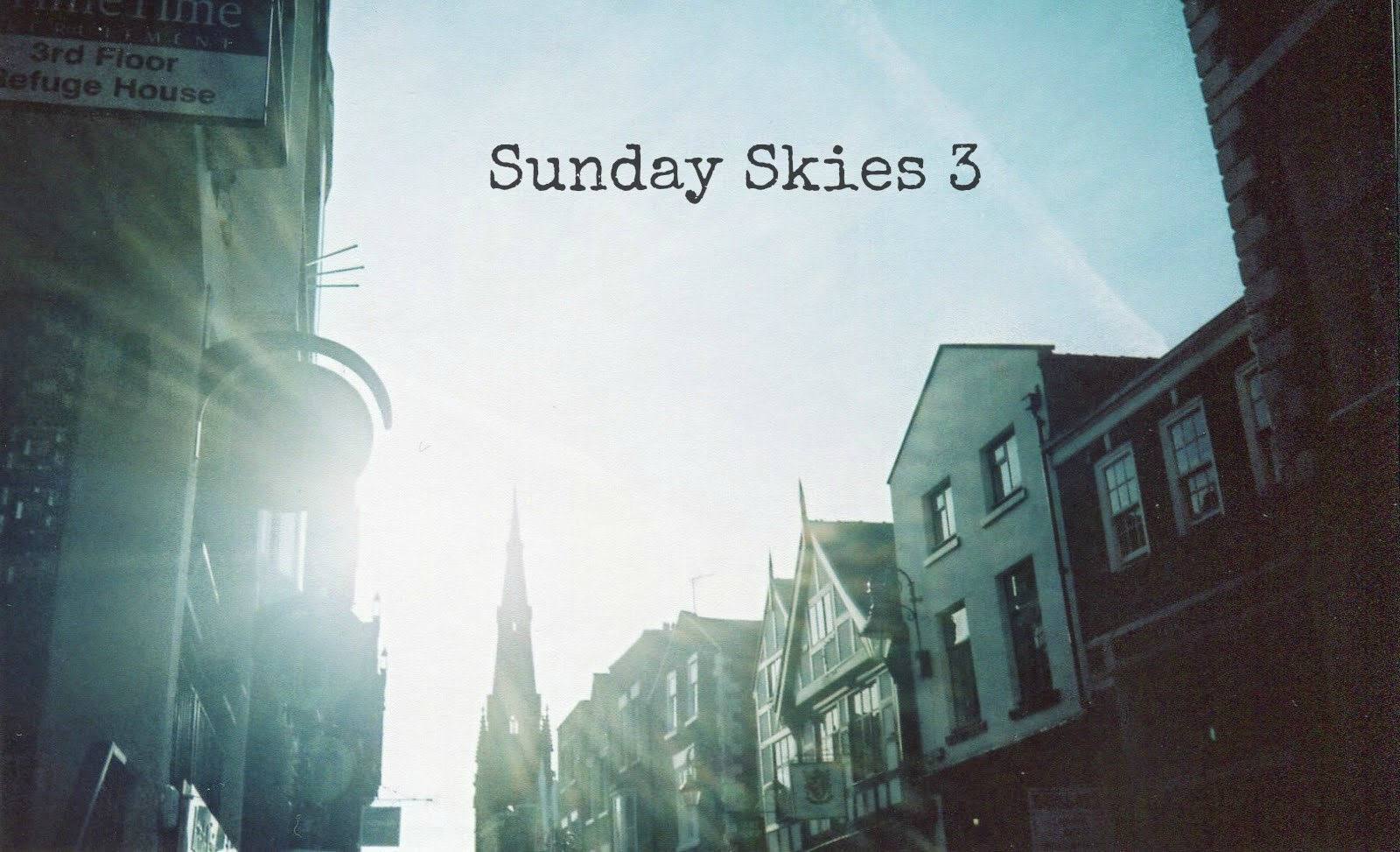 http://talesonfilm.blogspot.co.uk/2014/04/sunday-skies.html